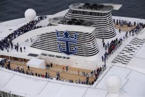 the-crew-gather-to-bid-farewell-to-europe-send-them-your-bon-voyage-wishes
