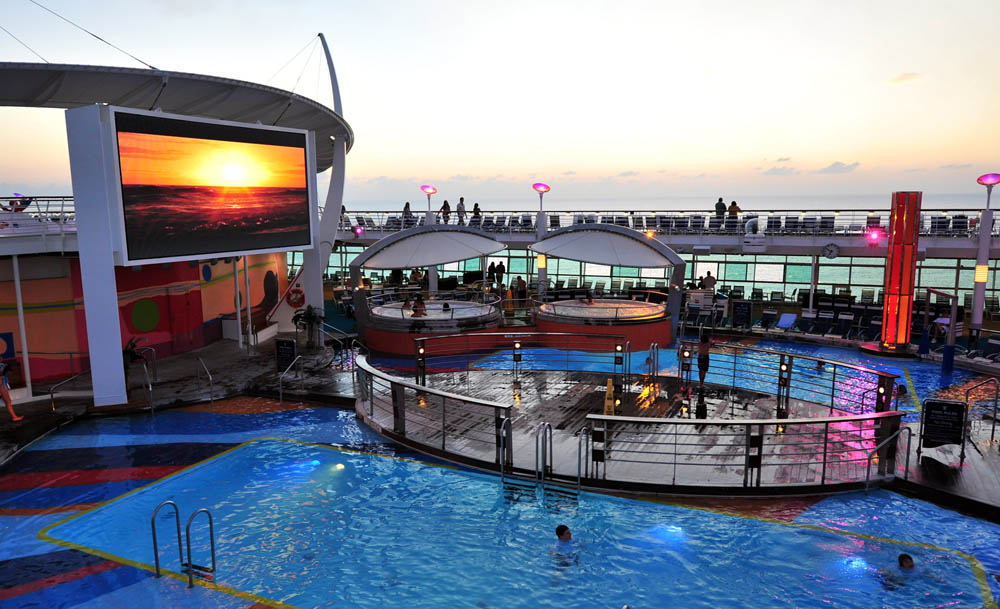 Liberty of the Seas Pool Deck 