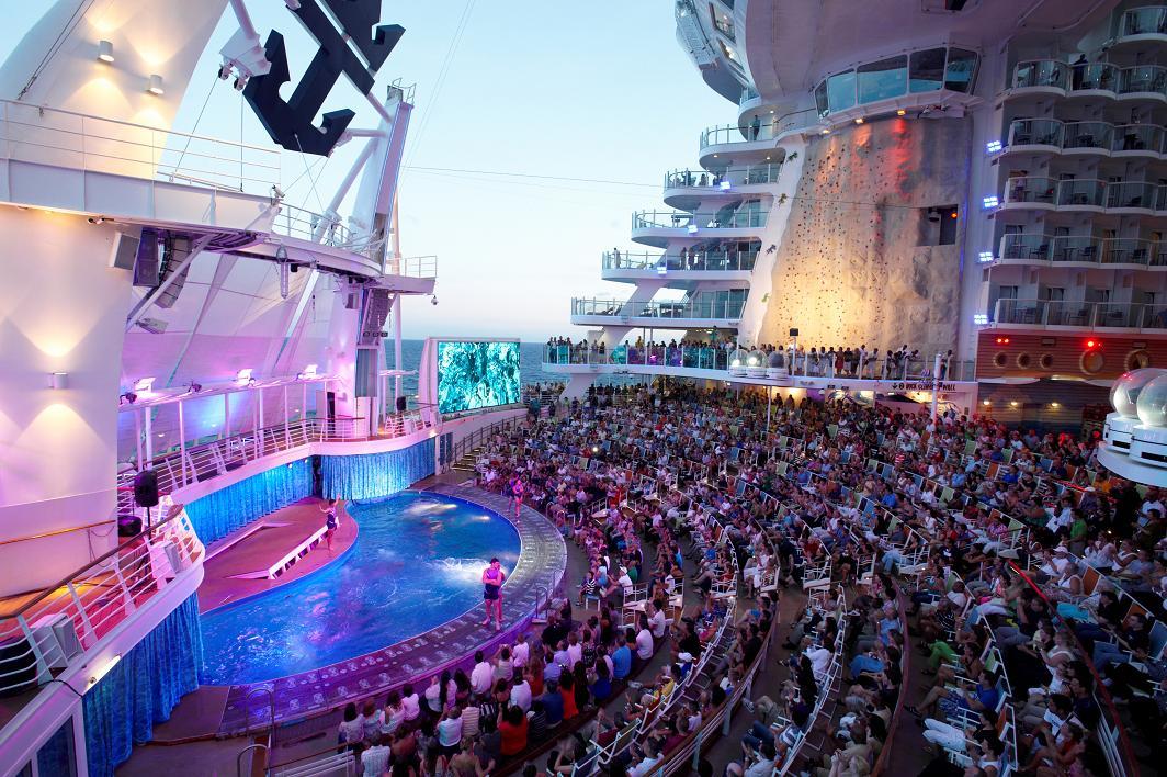 An Oasis Class Aqua Theater